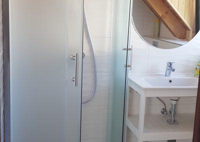 Emelet fürdő1